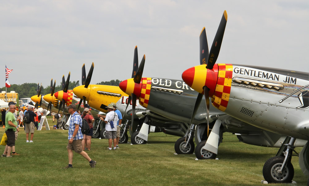 AirVenture 2018 line-up of P51 Mustangs