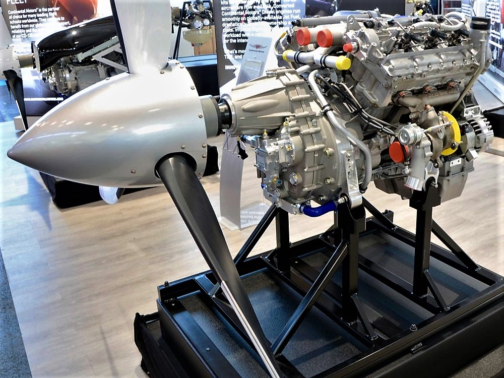 Continental-CD-300-V6-engine