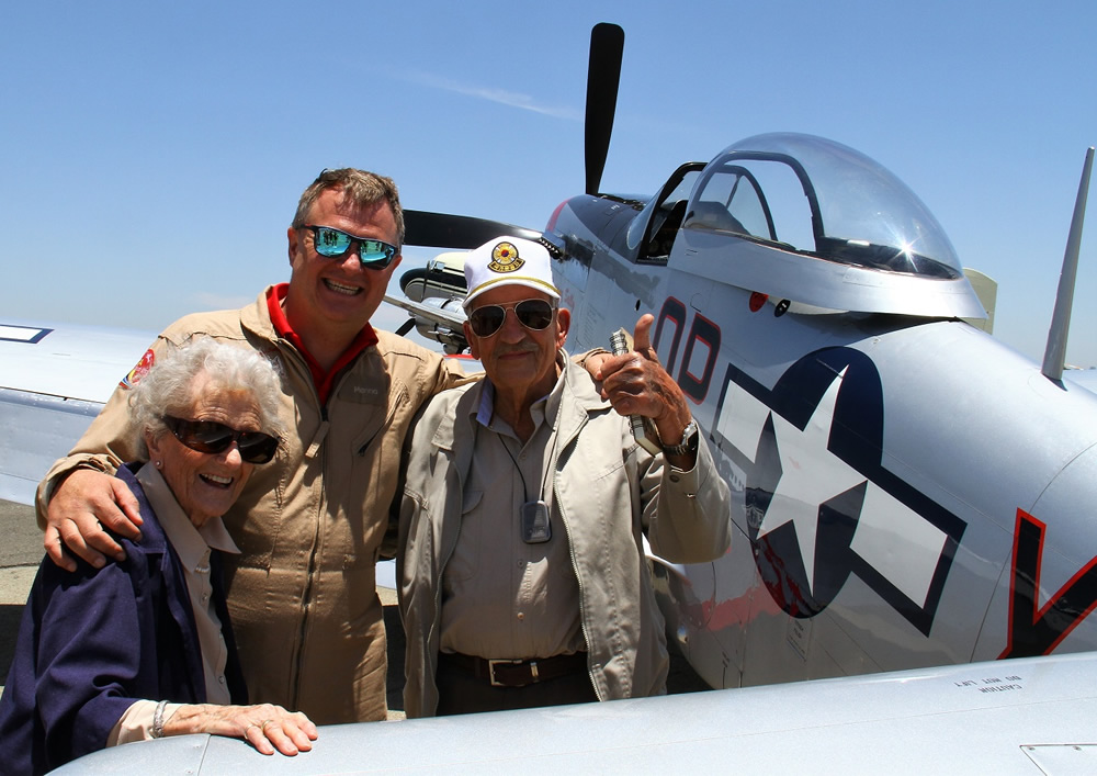 LT. Gen. Dennis Earp with his wife and Menno Parsons on the occassion of his last flight in a P51 Mustang