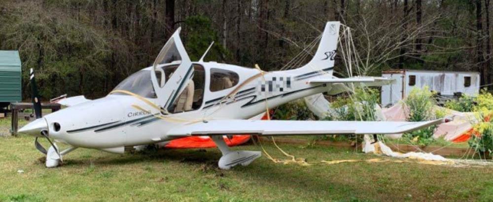 Cirrus pilot deploys parachute