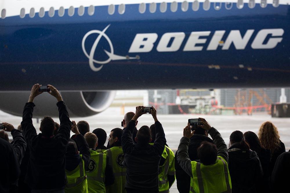 Boeing layoff plan
