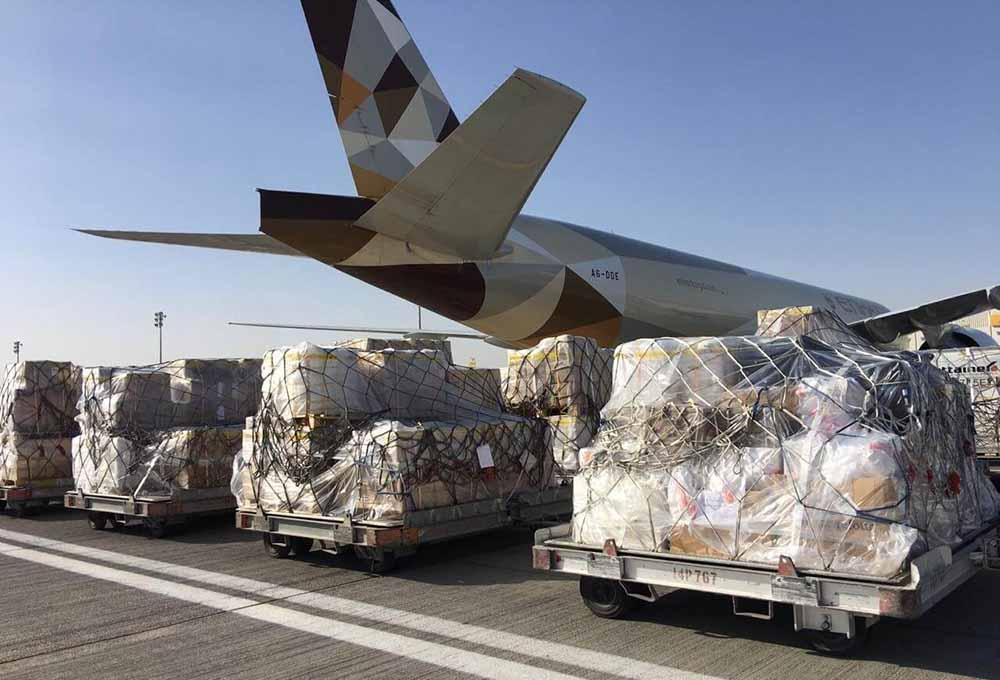 Etihad passenger planes for cargo flights