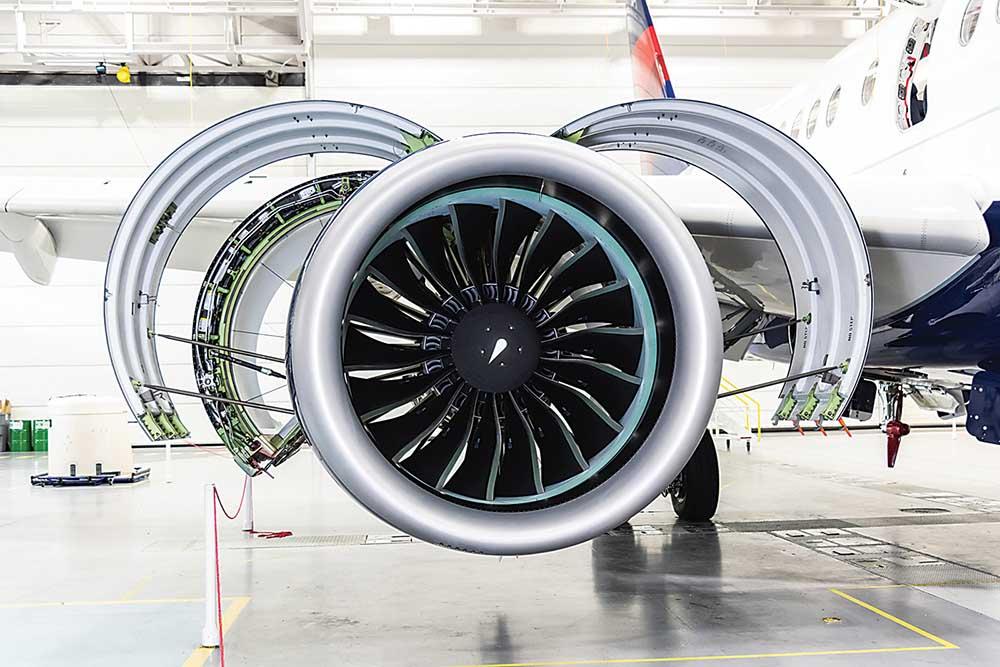 A-220 engine