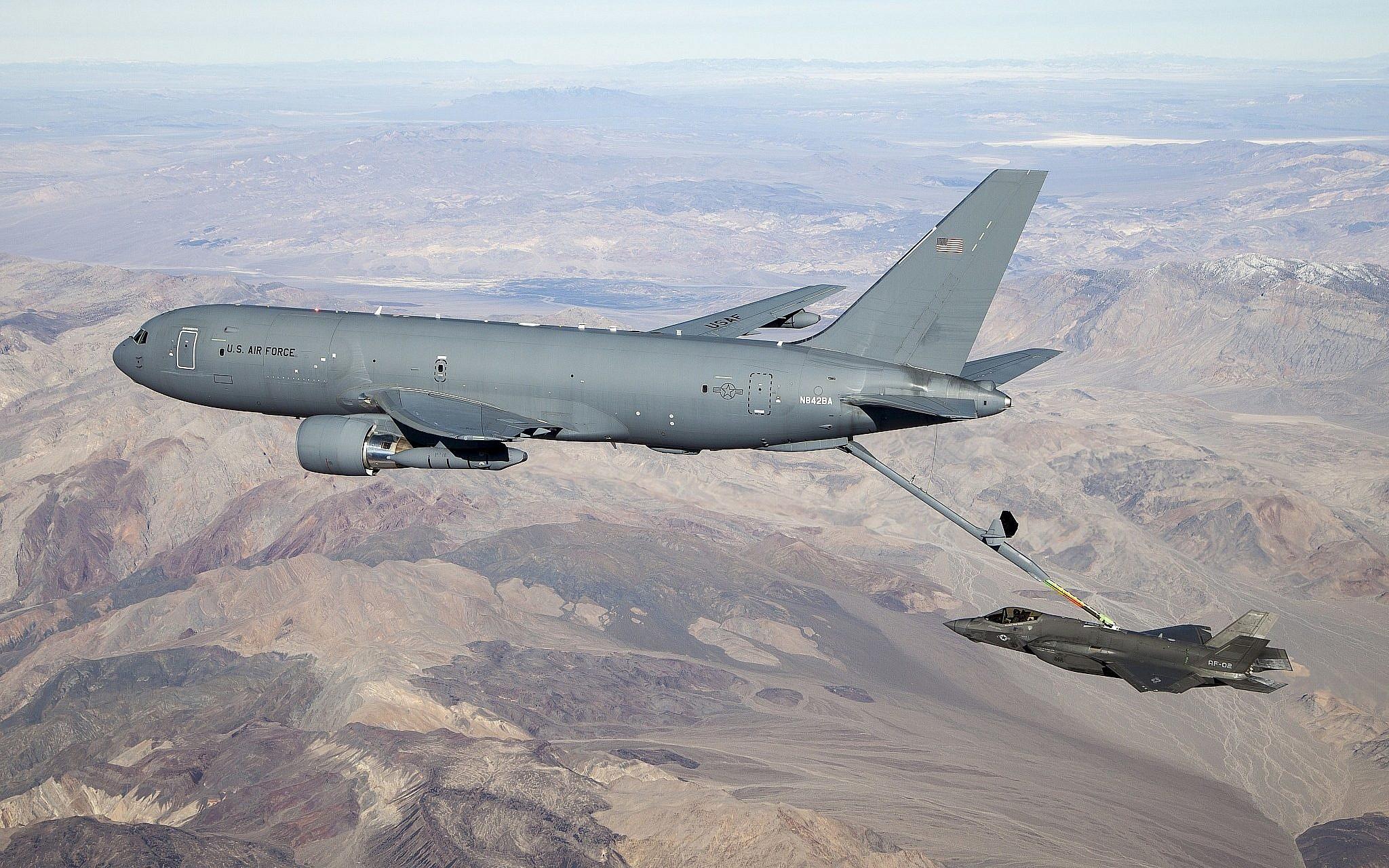 Boeing KC-46 Pegasus refuels F-35