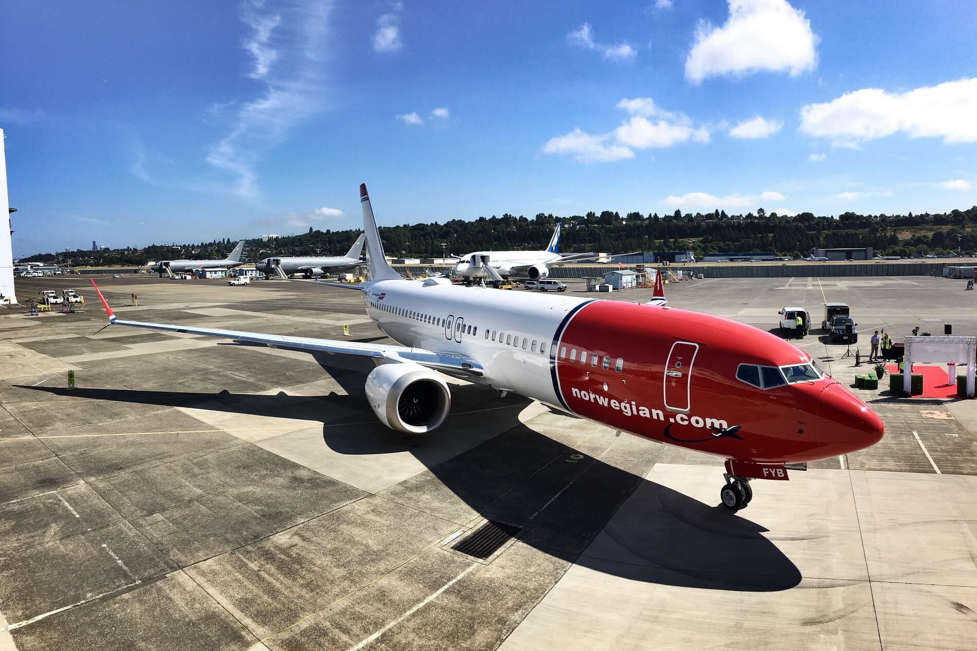 Norwegian sues Boeing