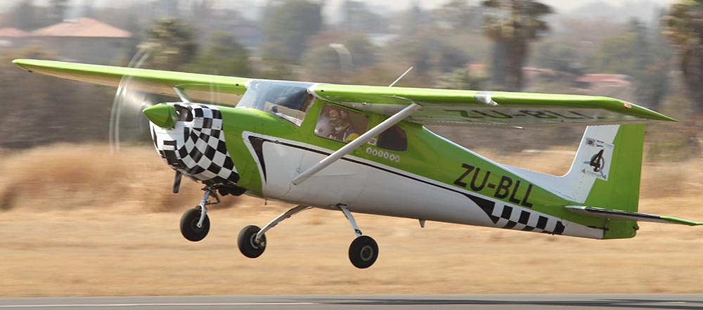Jonty and Jonathan Esser taking off for the rally
