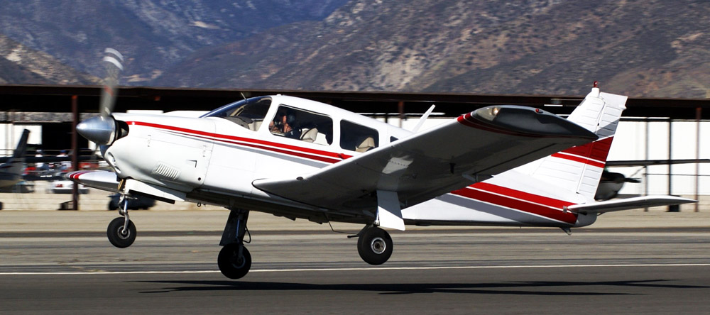 Piper-PA-28R not the accident plane