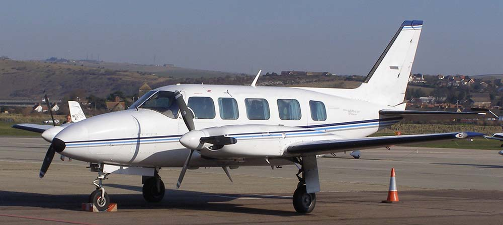 Piper PA-31-325 not the accident aircraft